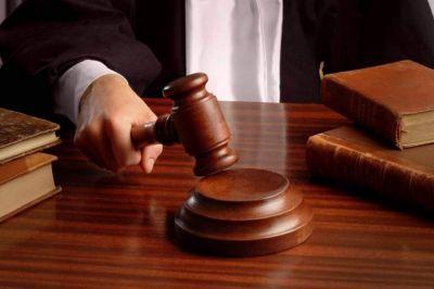 Как лишить собственника доли в квартире по закону?