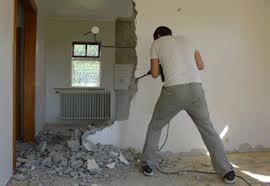 Демонтаж коробов в комнате при перепланировке квартиры
