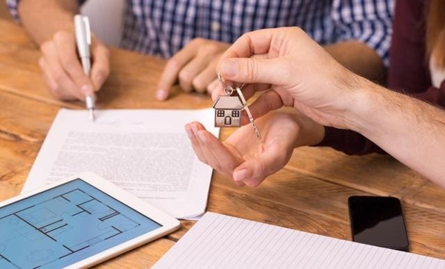 Как переоформить квартиру из совместной собственности в долевую?