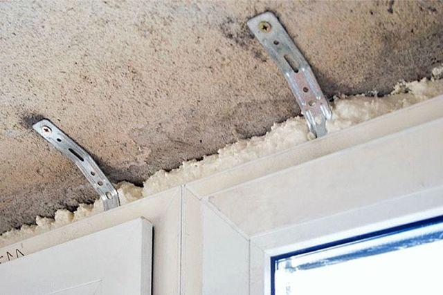 Как выполнить демонтаж подоконного блока правильно?