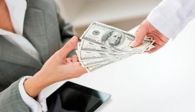 Что такое комиссия при съеме квартиры и кто ее платит?