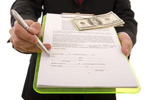 Как подарить долю в приватизированной квартире родственнику?